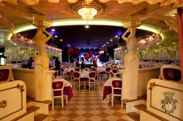 Theatre dinner Venice italy